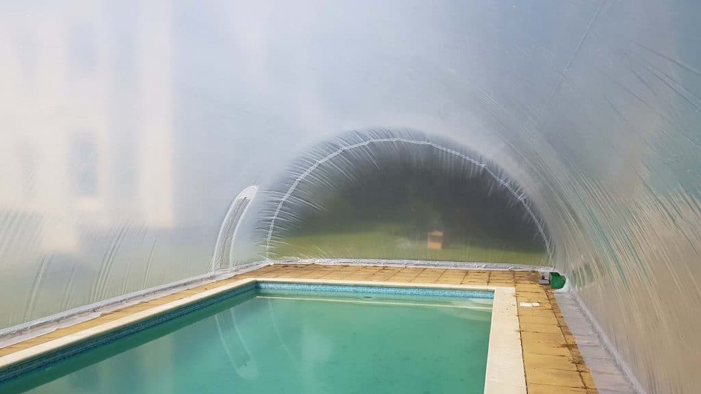 henfield pool bubble